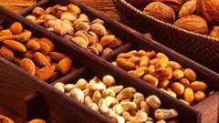 Калорійність горіхів